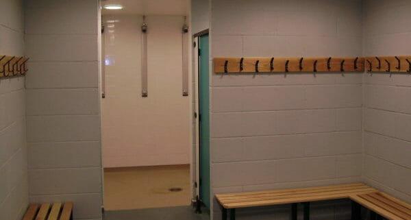 Sports Pavilion Clanfield - Showers
