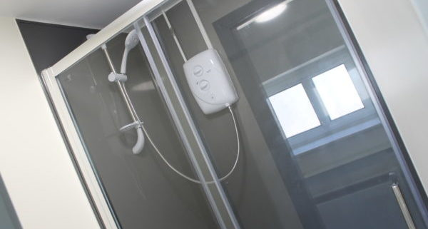 Hostel_Refurbishment_Showers